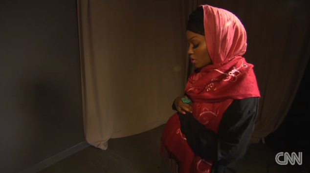 modelo-vestido-de-baño-islam-orando