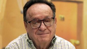 """El actor mexicano Roberto Gómez Bolaños """"Chespirito"""", en una foto tomada el 21 de junio de 2011. Crédito: LUIS ACOSTA / AFP / Getty Images."""