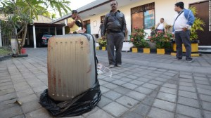 La maleta tenía el cuerpo sin vida de Sheila von Wiese Mack en agosto de 2014. (Crédito: CNN)