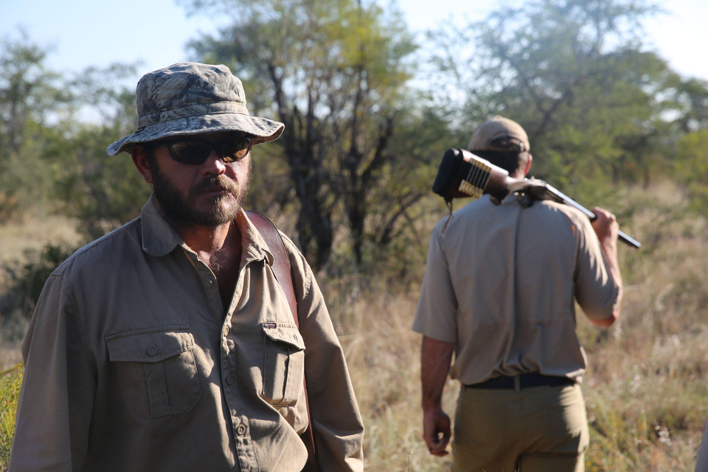 El consejo del cazador profesional Van Heerden sobre la cacería de rinocerontes: Quítate de su camino. (Crédito: Jason Morris/CNN)