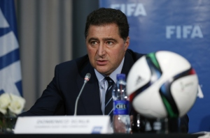 Domenico Scala, presidente de la Comisión de Auditoría y Cumplimiento de la FIFA, explicó que la elección del nuevo presidente de la FIFA podría llegar hasta finales de 2015 o inicios de 2016. (Crédito: Steve Bardens/Getty Images/Archivo)