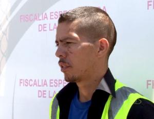 Aarón Salomón Ibarra había dicho que los rasguños en su rostro fueron producto de una pelea con un travesti mientras iba a comprar drogas. (Crédito: CNN)