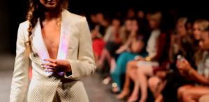 Este vestido fue presentado por la compañía Cute Circuit en la Semana de la Moda de Berlín. (Crédito: CuteCircuit.com)
