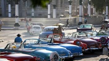 """Muchos estadounidenses quieren viajar a Cuba antes de que se """"americanice"""" si termina el embargo de Washington (AFP/Getty Images/Archivo)."""