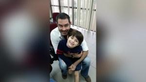 Milán (izq), de siete años, pidió al papa Francisco que haga un milagro para que su padre, Zvonko Matkovic (der) salga de la cárcel. (Crédito: Cortesía/Patricia Barrón)