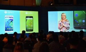 Adrienne Hayes, vicepresidente Senior de Marketing y Comunicaciones de Motorola presentó en Londres los nuevos teléfonos inteligentes de la compañía: el Moto X y el Moto X Style. (Crédito: Mike Coppola/GettyImages)