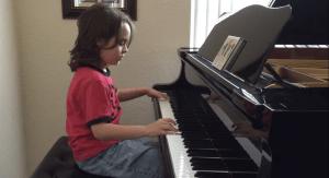 Jacob Velásquez Pianista autista siete años taylor Swift