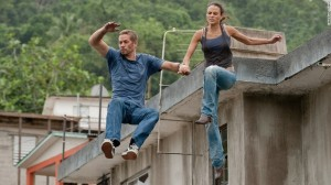 Walker y Jordana Brewster en la 5 entrega de Fast and Furious.