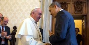 El papa Francisco y el presidente Obama durante una audiencia privada en el Vaticano en marzo de 2014. (Crédito: Official White House Photo by Pete Souza)