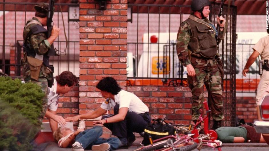 18 de julio de 1984 - Masacre en el McDonald's de San Ysidro, California: Un hombre de 41 años mató a 21 personas en un restaurante local. La policía abatió al atacante una hora después de que comenzó el tiroteo.