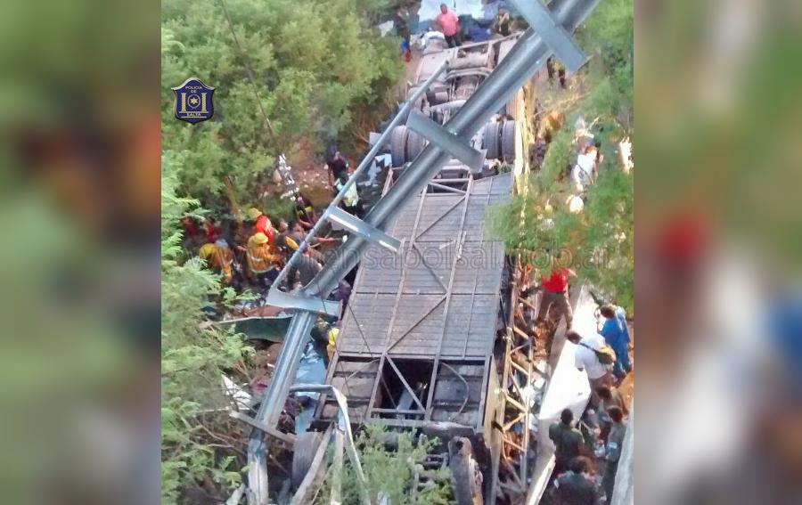 accidente3-bus-san-luis-argentina-muertos-heridos-foto-cnnespanol
