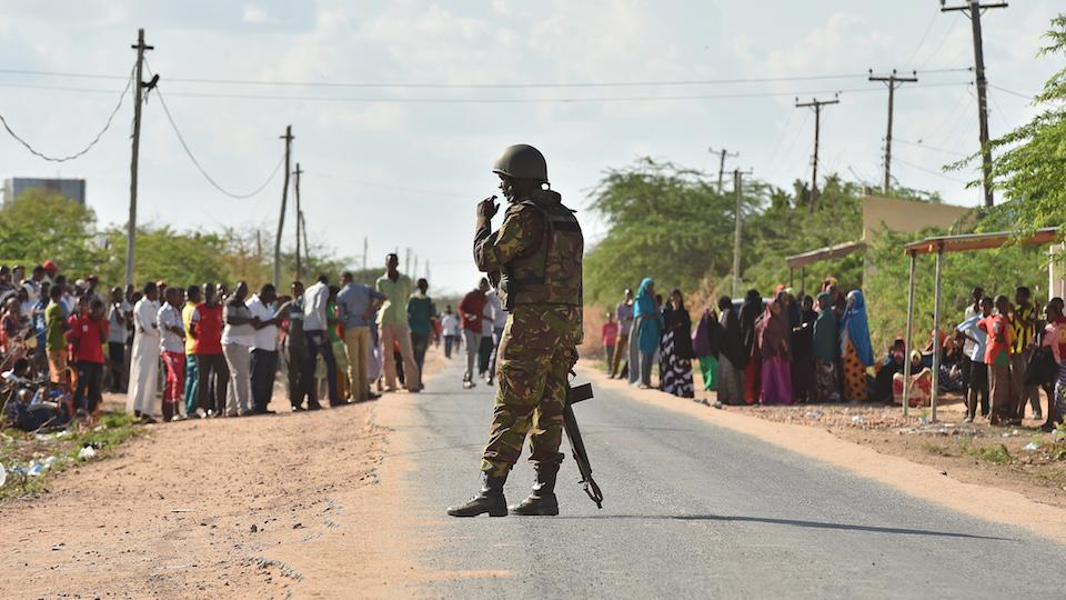 Un ataque a la Universidad de Garissa en Kenya dejó un saldo de 147 personas muertas y 104 heridos el 2 de abril de 2015.