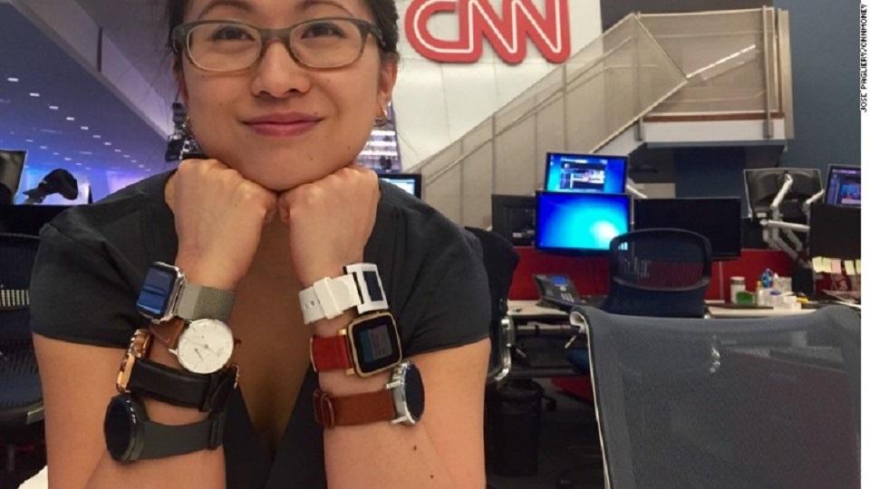 En esta foto hay alrededor de 2.150 dólares en relojes...