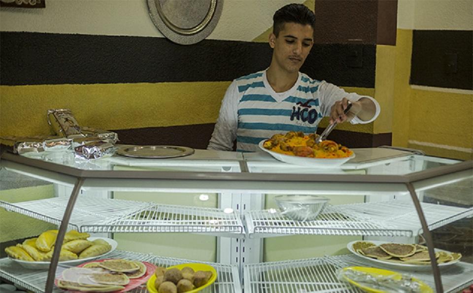 El menú arabe ofrece una variedad de comida típica y bebidas árabes elaborados por la familia. (Crédito: CNNExpansión/Jesús Almazán)