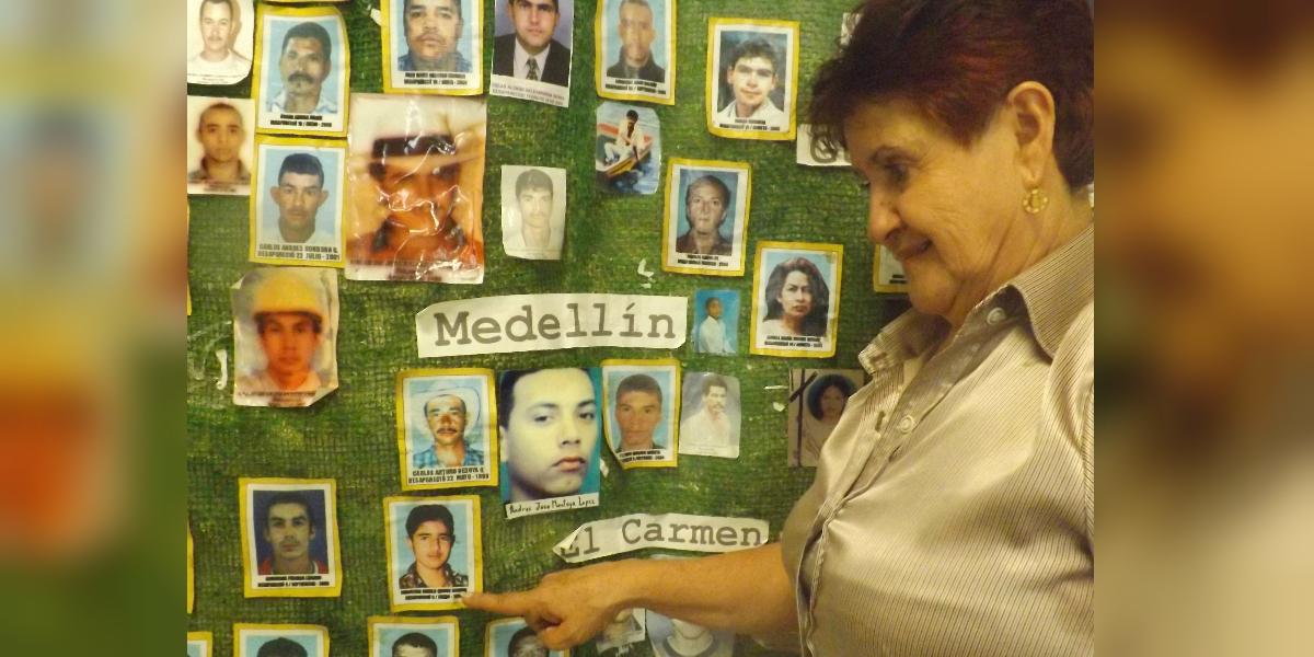 Al hijo de Teresita Gaviria se lo llevaron los hombres del paramilitar Ramón Isaza, hace 18 años. (Crédito: Angie Palacio)