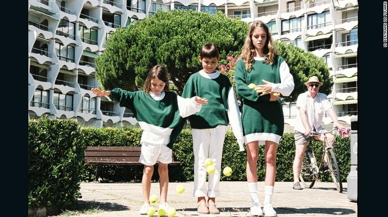 160513173839-jacquemus-tennis-exlarge-169