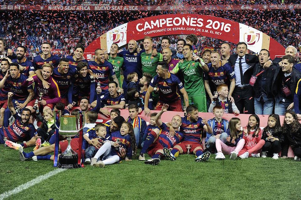 La foto de los campeones de la Copa del Rey. Es el título 28 de esta competencia para el FC Barcelona. (Crédito: JOSEP LAGO/AFP/Getty Images).