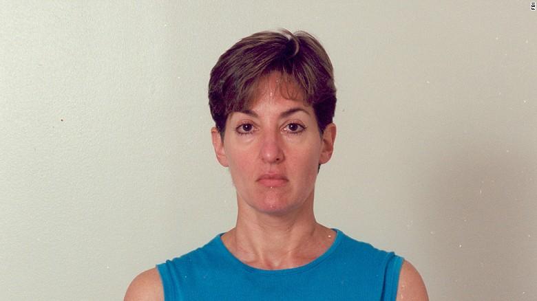 Ana Montes, la Reina de Cuba, el día en que fue arrestada.