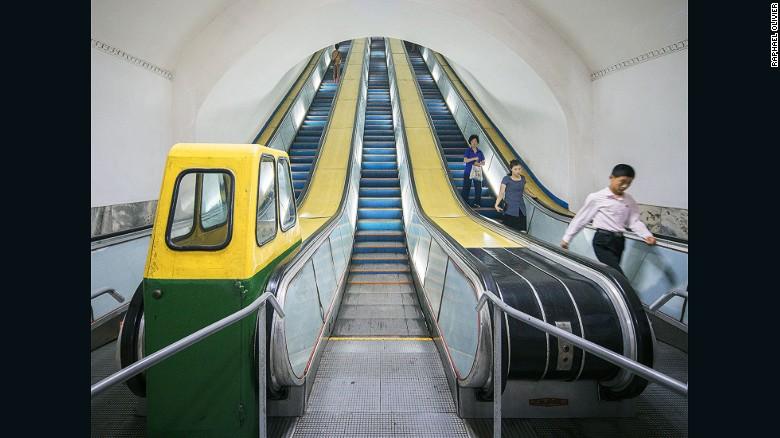 Metro de Pyongyang.