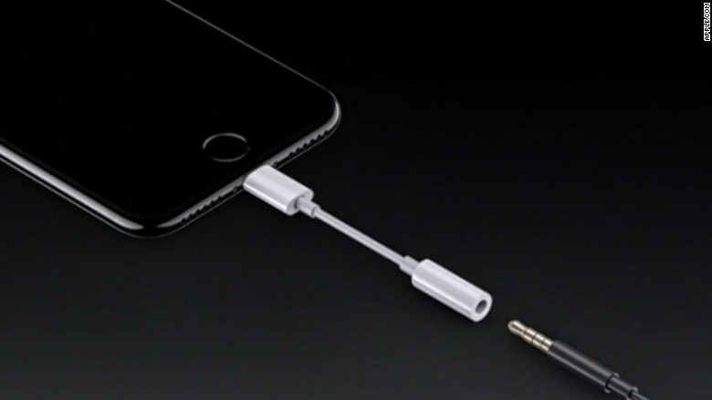 160907143620-apple-event-aux-adapter-780x439