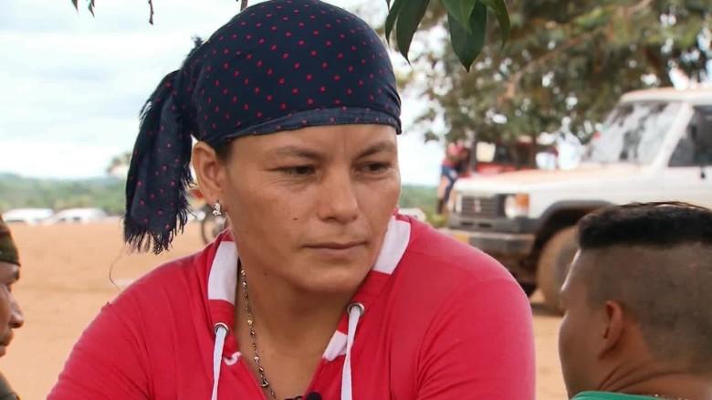 Mireya dice que volver a la sociedad es un reto porque por ser de las FARC tiene enemigos.