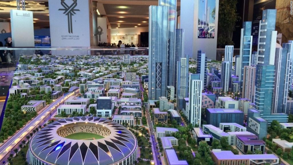 La gran visión - Modelo de la nueva capital en exhibición durante el anuncio del proyecto en Sharm el Sheikh.
