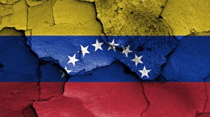 Otra cara de la crisis en Venezuela: el pago de las deudas a expensas de su gente