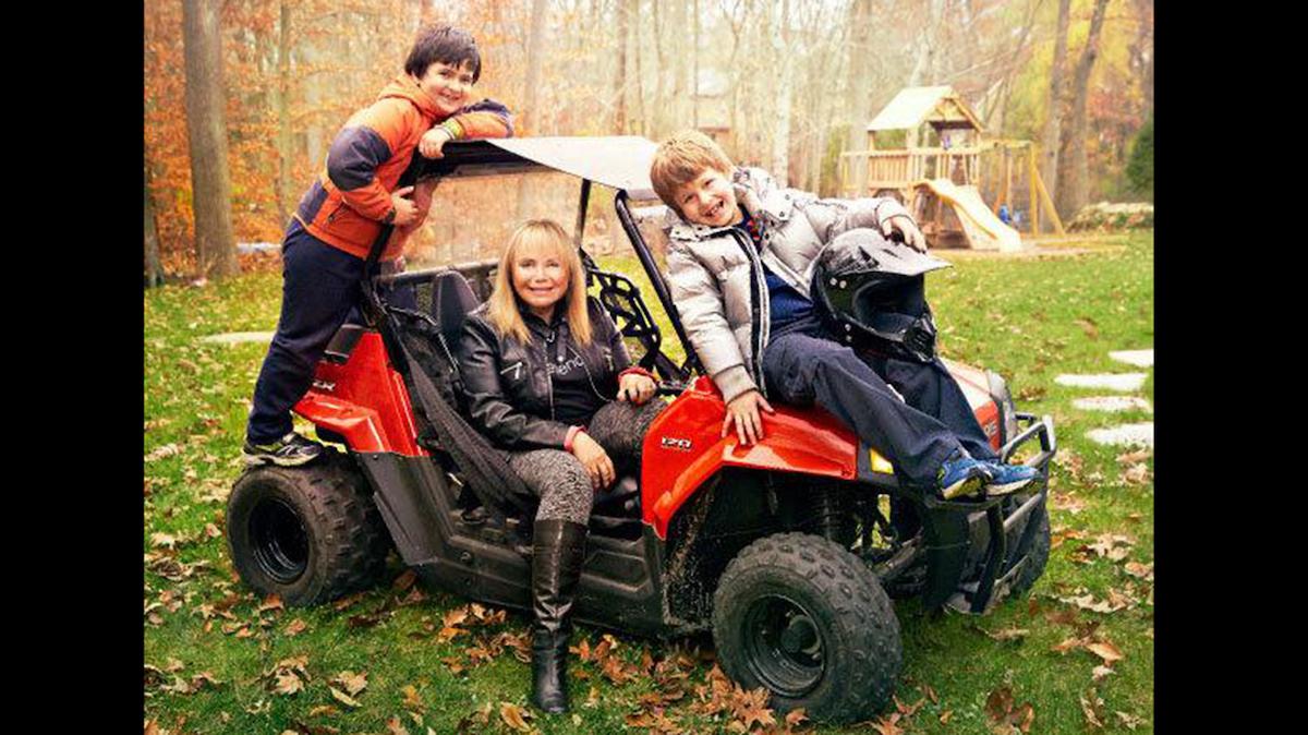 Frieda Birnbaum tenía un hijo cuando tenía 53 años y tuvo gemelos a los 60 años.