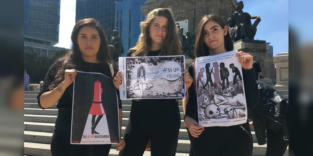 Estudiantes universitarias en la zona de Reforma en Ciudad de México (Foto: Daniela Patiño)