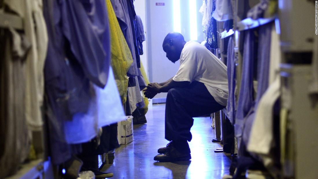 161026132231-01-inmate-strikes-mule-creek-state-prison-super-169