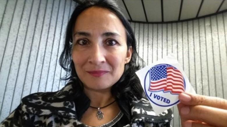 161111104429-muslim-immigrant-woman-votes-donald-trump-nr-00000000-exlarge-169