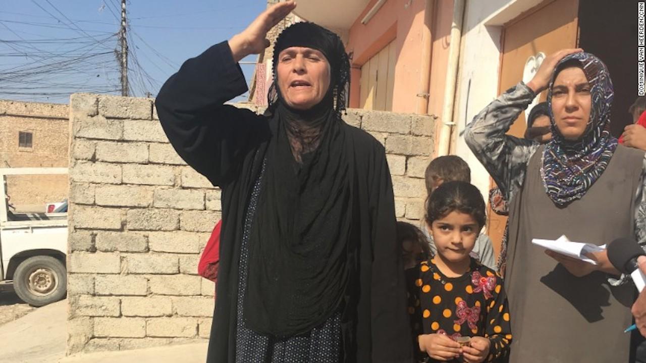 al-fazliya-abbas-familia-mujer-cnn