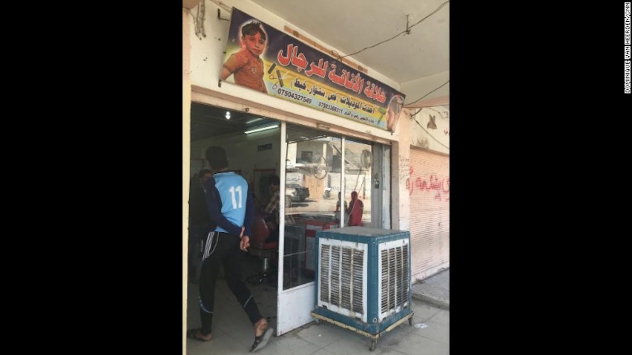 al-fazliya-tienda-cigarros-unislamic-cnn