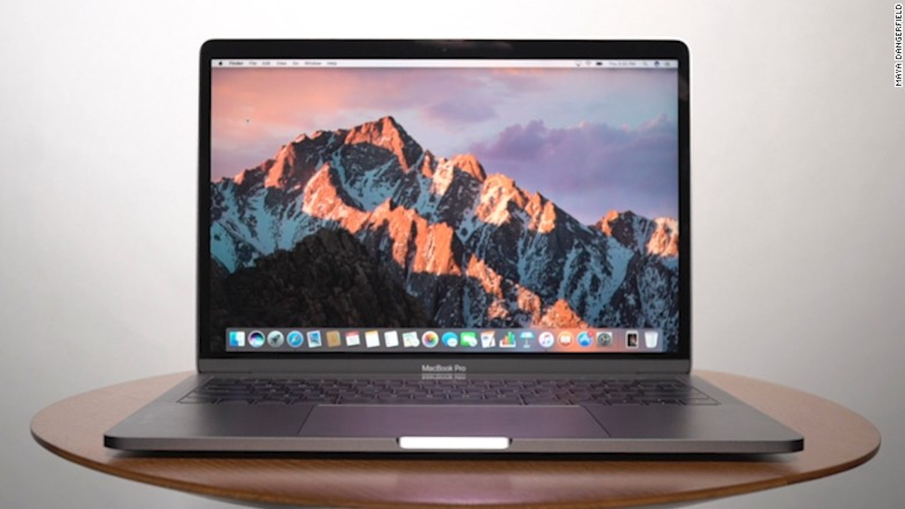macbook-pro-laptop-black-friday-cnn