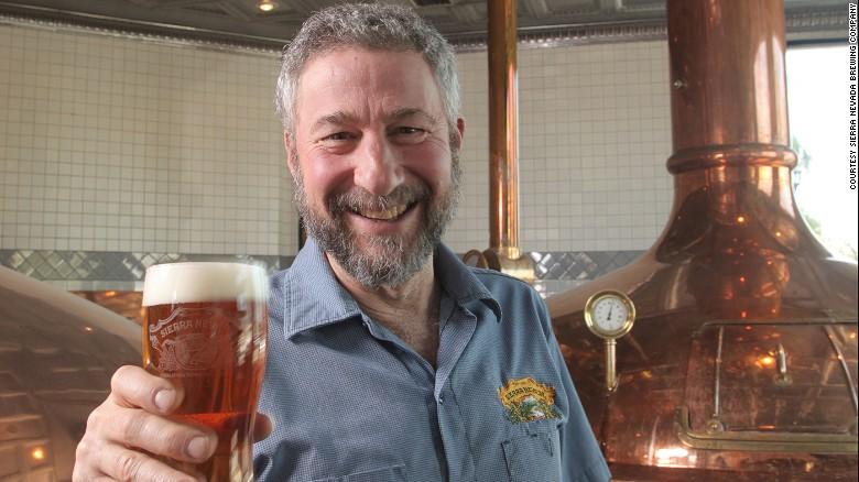 Ken Grossman, CEO de la cervecería Sierra Nevada, es pionero en la revolución de la cerveza artesanal en Estados Unidos.