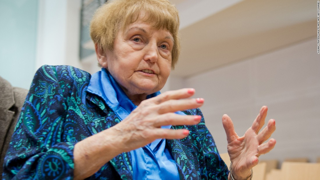 Eva Kor, sobreviviente del campo de concentración y exterminio de Auschwitz.