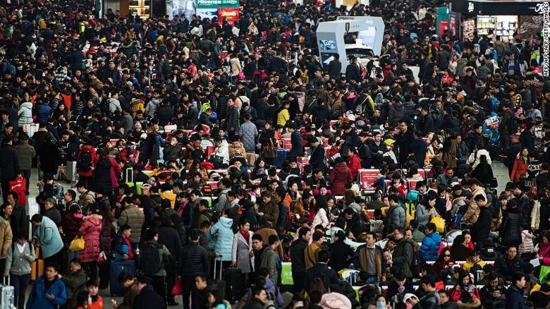 Las autoridades chinas estiman que durante el Festival de Primavera del 2017 se realizarán 356 millones de viajes por tren.