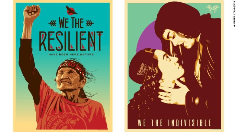 """""""We The Resilient"""" (Nosotros los resilientes) de Ernesto Yerena a la izquierda y """"We The Indivisible"""" (Nosotros los indivisibles) de Jessica Sabogal también hacen parte de la campaña de Amplifier Foundation."""
