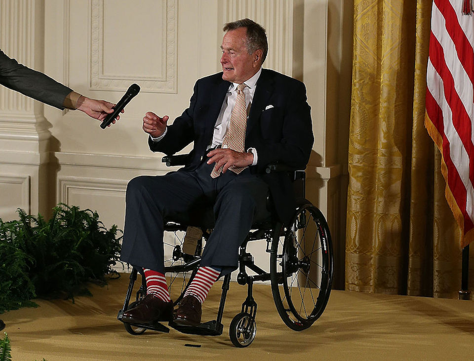 George H.W. Bush en la Casa Blanca, en julio de 2013. (Getty Images)