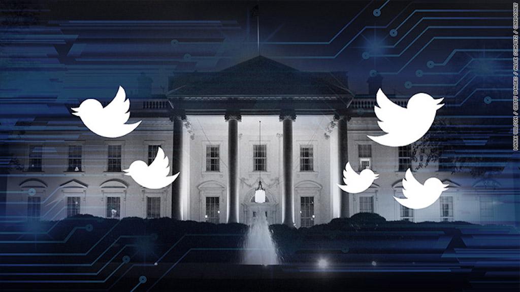 Según un hacker, las configuraciones de seguridad de las cuentas de Twitter de @Potus, @Flotus y @VP son débiles y por tanto vulnerables.