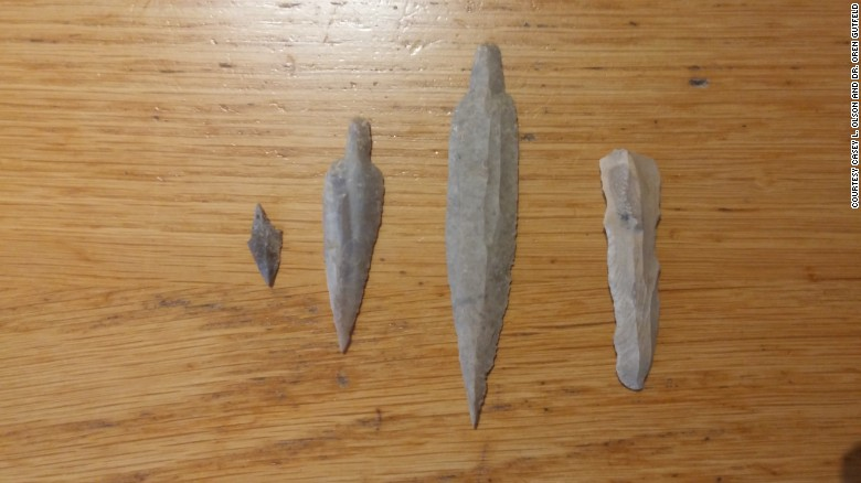 170208170922-neolithic-flint-tools-found-inside-the-newly-discovered-cave-exlarge-169
