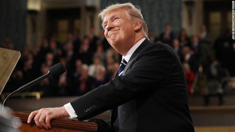 Trump pidió un aumento de 54.000 millones de dólares en el presupuesto de defensa y un recorte del mismo valor en el presupuesto de otras agencias.
