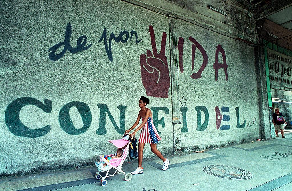 En 54 años la tasa de natalidad en Cuba bajó de 32 nacimientos por cada 1.000 personas a 10. (Crédito: Jorge Rey/Getty Images/ Imagen de archivo)