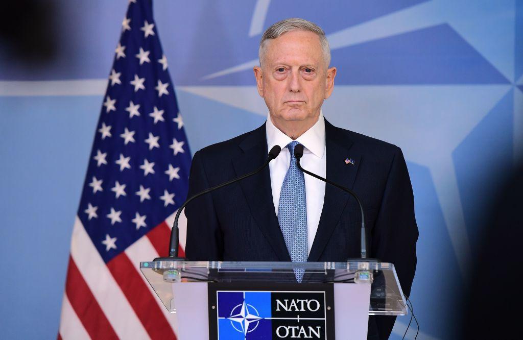 El secretario de Defensa de Estados Unidos, James Mattis, durante su intervención en la OTAN en Bruselas el 15 de febrero de 2017. (Crédito: EMMANUEL DUNAND/AFP/Getty Images)