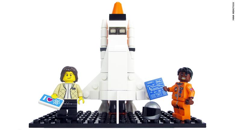 170301013656-lego-women-3-780x439