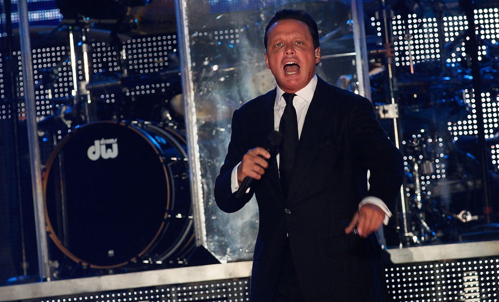 Mexican singer Luis Miguel performs during a concert in Veracruz, on December 18, 2013. AFPPHOTO/KORAL CARBALLO (Photo credit should read KORAL CARBALLO/AFP/Getty Images)
