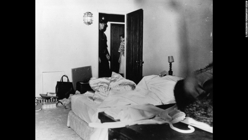 """Grandes misterios en la Historia – El médico forense del condado de Los Ángeles dictaminó que la muerte de la actriz Marilyn Monroe en agosto de 1962 fue un """"probable suicidio"""" por sobredosis de barbitúricos. A pesar de la conclusión oficial, las preguntas han persistido por décadas acerca de su muerte. Ella tenía 36 años."""