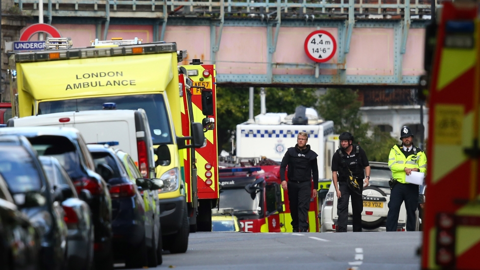 LONDON, ENGLAND - SEPTEMBER 15: Emergency serivces attend to the scene near Parsons Green Underground Station on September 15, 2017 in London, England. Several people have been injured after an explosion on a tube train in south-west London. The Police are treating the incident as terrorism. (Photo by Jack Taylor/Getty Images)