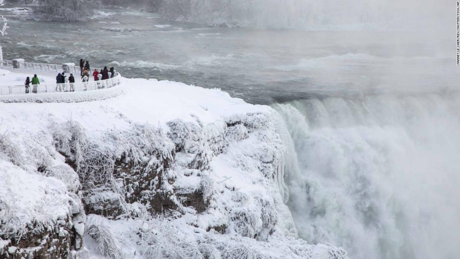 People visit the Niagara Falls during extreme cold weather as sub-zero temperatures are expected across Canada and the United States on New Year's Eve and New Year's day. Seasonal weather, New York, USA - 31 Dec 2017 (Rex Features via AP Images)