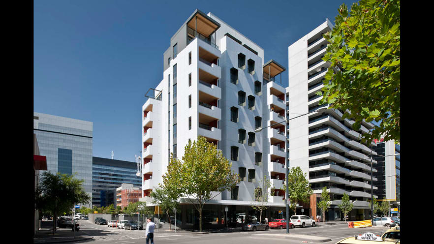El Fuerte en Melbourne fue terminado en 2012. Es una estructura de 10 pisos construida enteramente en madera. Foto: Lendlease.